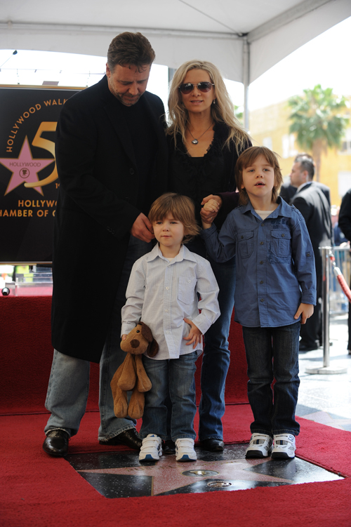 Russell Crowe and Danielle Spencer and Charles Spencer Crowe